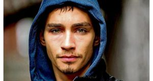 Character, actor: Robert Sheehan as Darren in Love/Hate