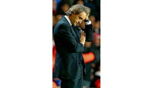 Manchester City manager Roberto Mancini shows his frustration during Saturday's defeat to Southampton at St Marys Stadium, Southampton. photograph: getty images