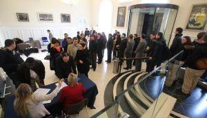 A queue of jobhunters for the 100 jobs being offered by  Eishtec in Waterford at jobs fair in the city yesterday.