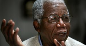 Chinua Achebe,  who wrote the classic Things Fall Apart, has died. He was 82.