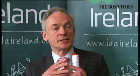 Patrick Manley of Zurich insurance and Minister for Jobs Richard Bruton on creation of 112 new jobs in Dublin technology hubs to support its global business