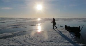 Video: Irish adventurers trek 640km along Siberian frozen lake