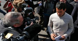 Manchester City soccer player, Carlos Tevez, leaves Macclesfield Magistrates Court. Phil Noble/Reuters