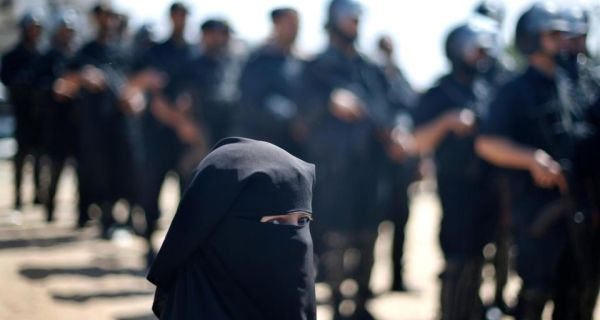 A Palestinian woman takes part in a symbolic military funeral for Maysara Abu Hamdeya in Gaza City  yesterday.  Photograph: Mohammed Salem/Reuters