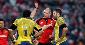 Clermont Auvergne's Jamie Cudmore is sent off following an incident with Munster's Paul O'Connell in 2008. The two will renew acquittances on Saturday. Photograph:  James Crombie /Inpho
