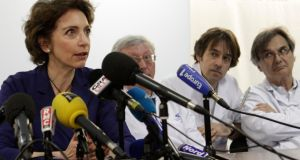 French Social Affairs and Health Minister Marisol Touraine and medical staff attend a news conference at Lille hospital where the patient with confirmed case of the SARS-like coronavirus is treated. Pascal Rossignol/Reuters