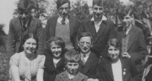 The only entire family group photograph taken of the de Valera family: (back l-r) Rúairí, Vivion, Éamon and Brian; (middle l-r) Máirín, Sinéad, Dev and Emer; and (front) Terry. Taken at Bellevue, in July 1935.