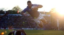 Rob Kearney leaps in to score the third of Leinster four tries against Stade Francais. Photograph: Inpho