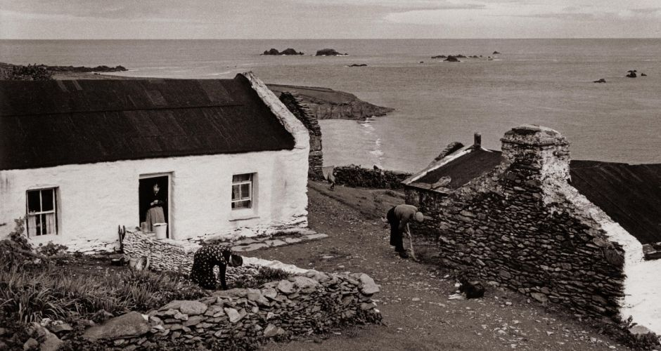 Leaving the Blaskets - from the evacuation to the Gathering