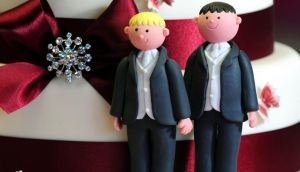 The British government's controversial plans to legalise gay marriage cleared the House of Commons tonight despite efforts by Tory backbenchers to derail the legislation.