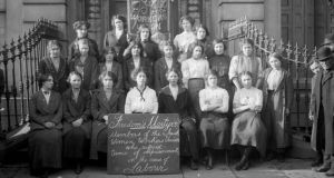A gathering of the Irish Women Workers' Union.
