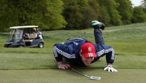 Wales' George North gets in some golf practice during yesterday's Lions Down Day at Carton House, Maynooth, yesterday. Photograph: Inpho