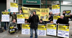 Protesters picketed the Revenue information office on O'Connell Street today. Photograph: Dave Meehan/The Irish Times