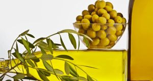 "EU agriculture commissioner Dacian Ciolos yesterday confirmed the European Commission was withdrawing the proposal to regulate how olive oil is served and presented in restaurants, recognising that it had not garnered ""widespread support""."