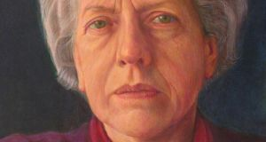 A self-portrait by Benita Stoney – the careful, meticulous precision of her close-up portraits recall the almost frightening clarity and detail of Lucian Freud