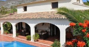 Alicante, Spain  – €425,000, aplaceinthesun.com