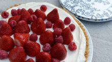 No-cook strawberry and lemon curd tart