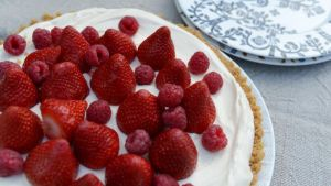 Strawberry and lemoncurd tart. Photograph: Bryan O'Brien