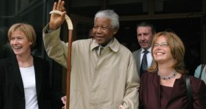 Games 2003 chief executive Mary Davis with Nelson Mandela and then South Africa ambassador to Ireland  Melanie Verwoerd