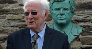 Seamus Heaney speaking following the unveiling of a bust of John F Kennedy at the opening of the Kennedy homestead and visitor centre at New Ross. Photograph: Eric Luke