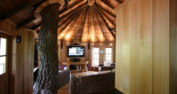 ... Treehouse Masters Irish Cottage