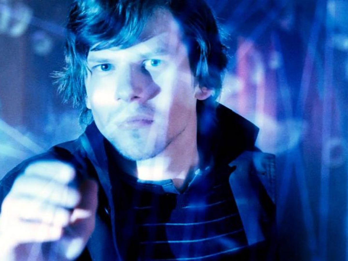 Jesse Eisenberg Talks About Putting On The Magic In Now You See Me