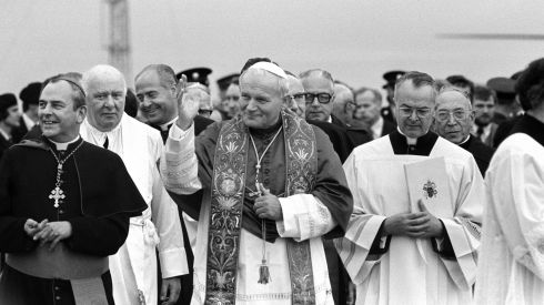 Pope John Paul acknowledges the great waves of cheering from the crowd at Limerick. Photograph: The Irish Times