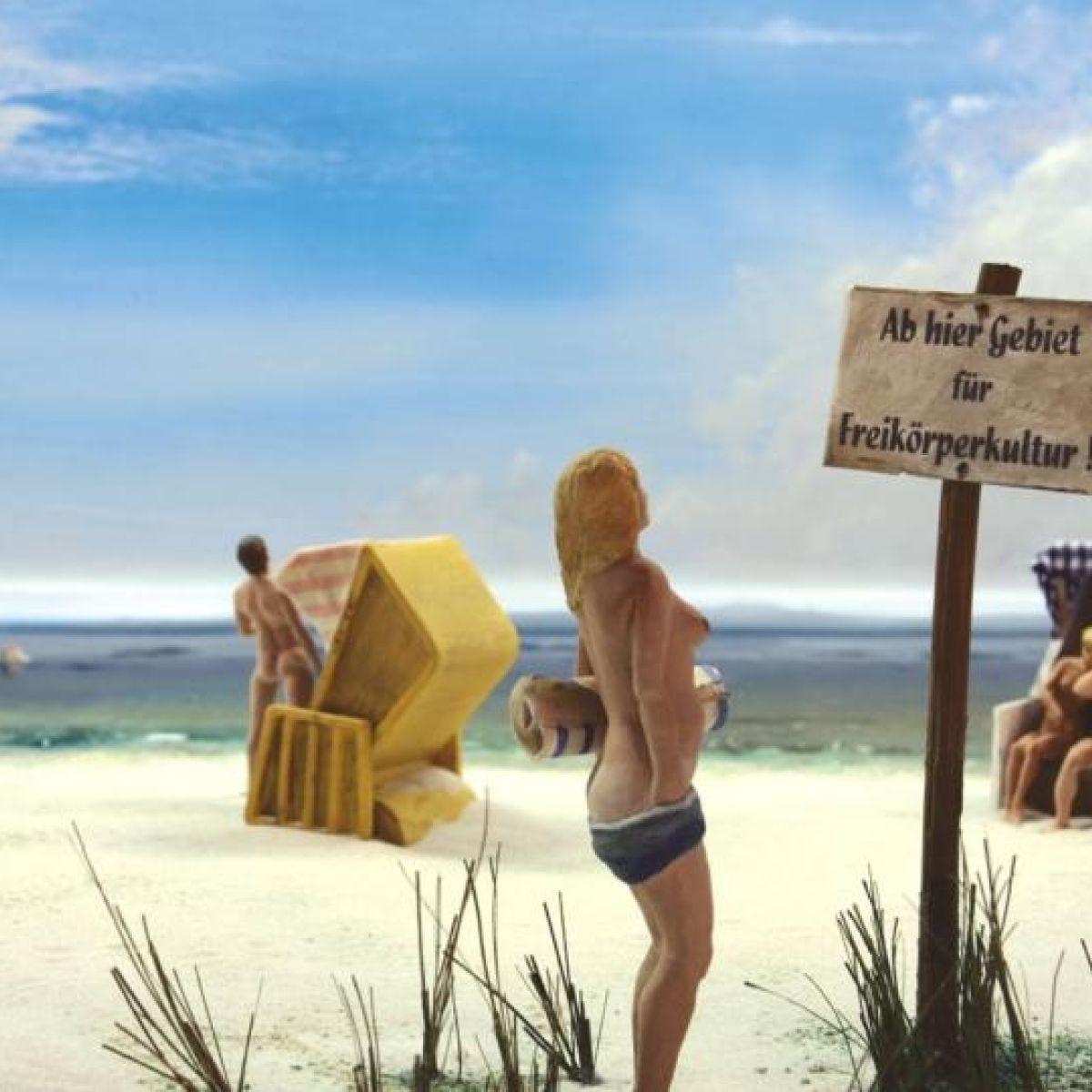 Beach party porn