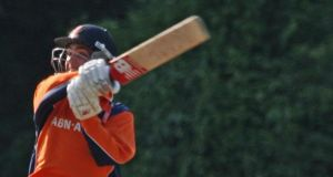 Michael Rippon hits a six off the last ball of the match to earn the Netherlands a spectacular tie against Ireland in Amsterdam.