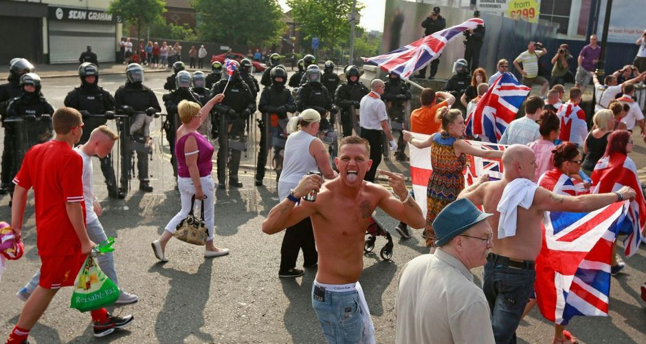 Loyalists parade on Twelfth of July
