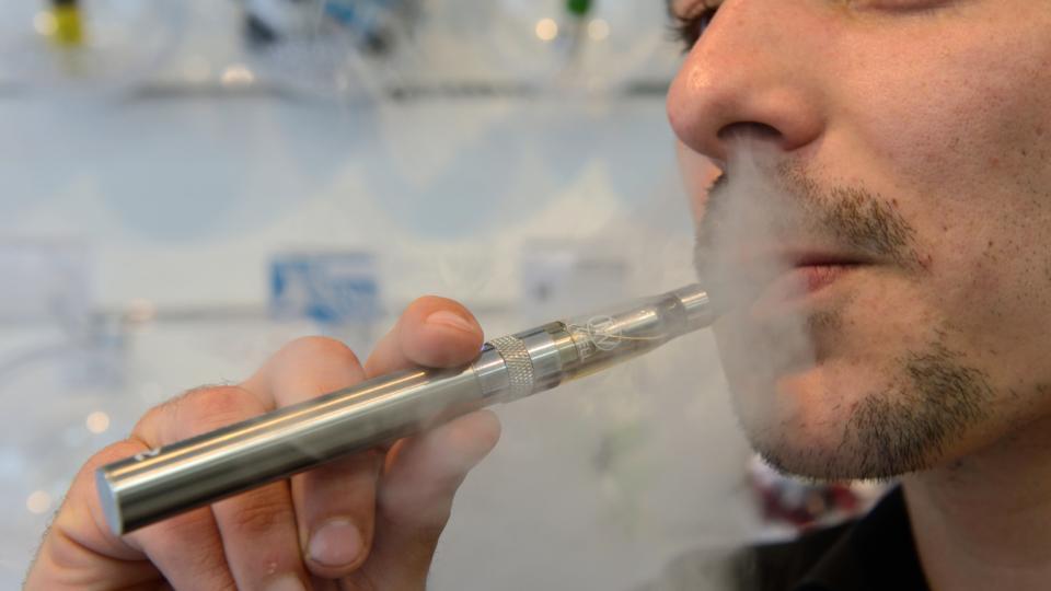 Electronic cigarette starter kit prices