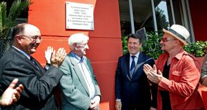 (From left to right) Ambassador Paul Kavanagh, John Montague, Mayor of Nice Christian Estrosi and Bono at the inauguration of the plaque to James Joyce on the Promenade des Anglais in Nice.