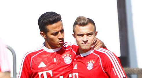 Bayern Munich's signing from Barcelona Thiago Alcantara (left) appears a little more at home than his new clubmate Xherdan Shaqiri, whose future has been cast into doubt since the arrival of manager Pep Guardiola. Photograph: Michaela Rehle/Reuters