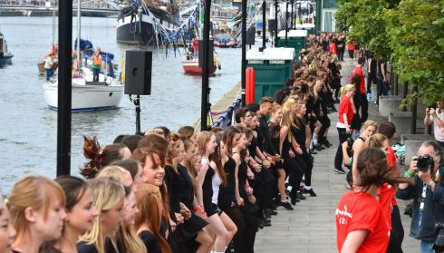 Dancers lined the North and South Quays. Photograph: Alan Betson/The Irish Times