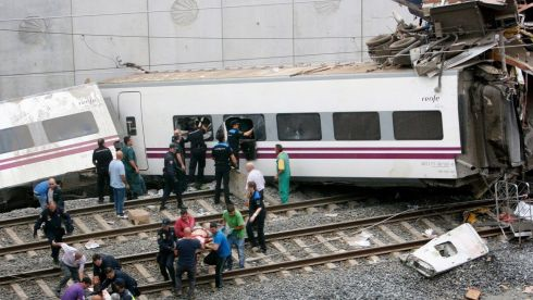 The government said it was working on the assumption the derailment, which occurred on the eve of the city's main religious festival, was an accident.  Photograph: Oscar Corral/Reuters