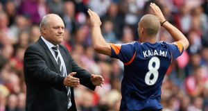 Pajtim Kasami of Fulham celebrates his goal with manager Martin Jol  at the Stadium of Light. Photograph:  Matthew Lewis/Getty Images