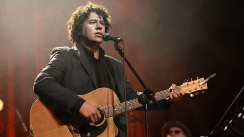 Declan O Rourke at the Philip Chevron night at the Olympia Theatre on Saturday. Photo: Cyril Byrne / THE IRISH TIMES