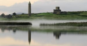 The round tower of Devenish, the picturesque site for Purgatorio