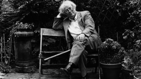 Seamus Heaney photographed in 1989.  Photograph: Peter Thursfield/The Irish Times
