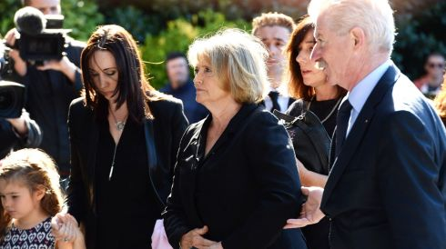 Marie  Heaney arriving at the Church of the Sacred Heart, Donnybrook, for her late husband's funeral Mass. Photograph: Cyril Byrne/The Irish Times