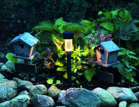 With the evenings drawing in – loathe as we are to admit it – these Verona solar path lights might come in handy. Down from €2.99 to €1.49 each, they are one of a selection of solar lights reduced to half price at Woodies. The Tuscany is reduced from €9.99 to €4.99. It comes with a switch that allows you to choose between white light and colour. This range also has a circular base so you can set it on a patio or table. Offers end on September 28th.