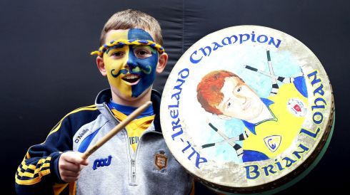 Clare fan Daithi Lohan beats his bodhran at Croker. Photo :INPHO/Dan Sheridan