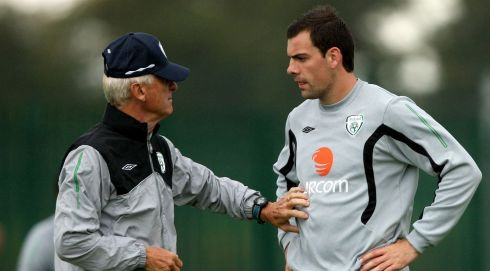 Republic of Ireland training at St Michael's FC, Tipperary in August 2009 - Trapattoni speaks with Darron Gibson. Photograph: James Crombie/Inpho