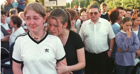 A memorial vigil in Omagh three days after the bombing. Photograph: Dara Mac Dónaill/The Irish Times