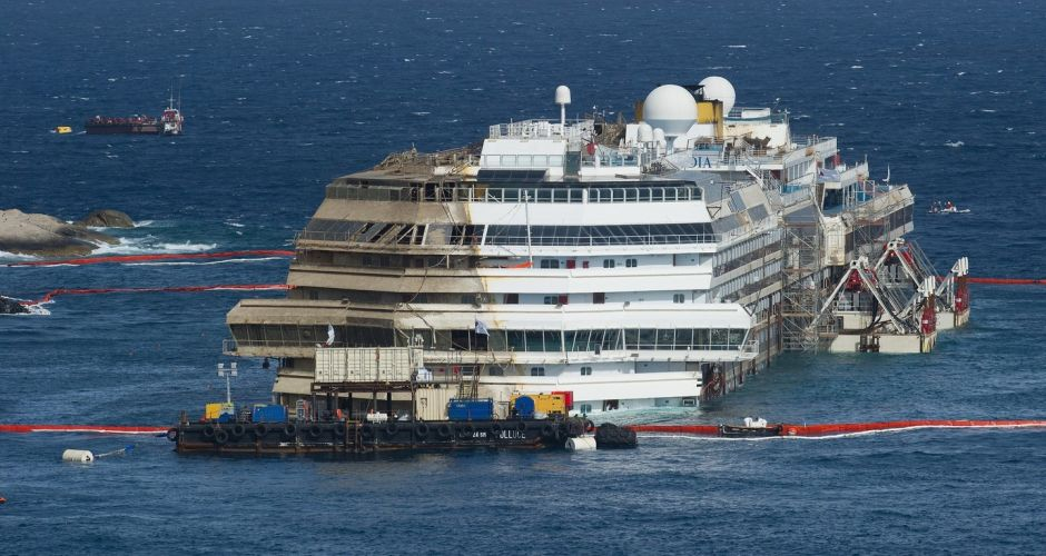 The righting of the Costa Concordia
