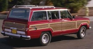 "A 1991 Jeep Grand Wagoneer driven by Skyler White in ""Breaking Bad"" is among the props being sold on the new website Screenbid.com"