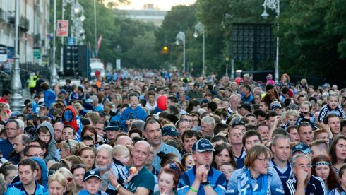 GAA Football All Ireland Champions Dublin Homecoming, Merrion Square, Dublin 23/9/2013 The crowd gathered in Merrion square Mandatory Credit ?INPHO/Morgan Treacy