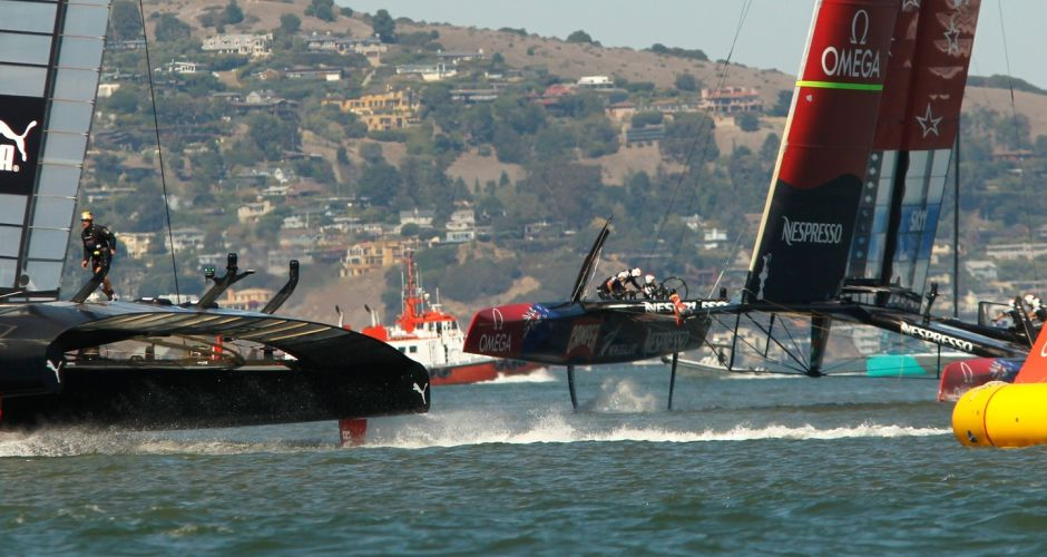 USA vs NZ in America's Cup