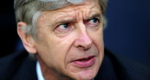 Arsene Wenger has indicated a readiness to extend his Arsenal contract, saying there ought to be no complications in reaching an agreement