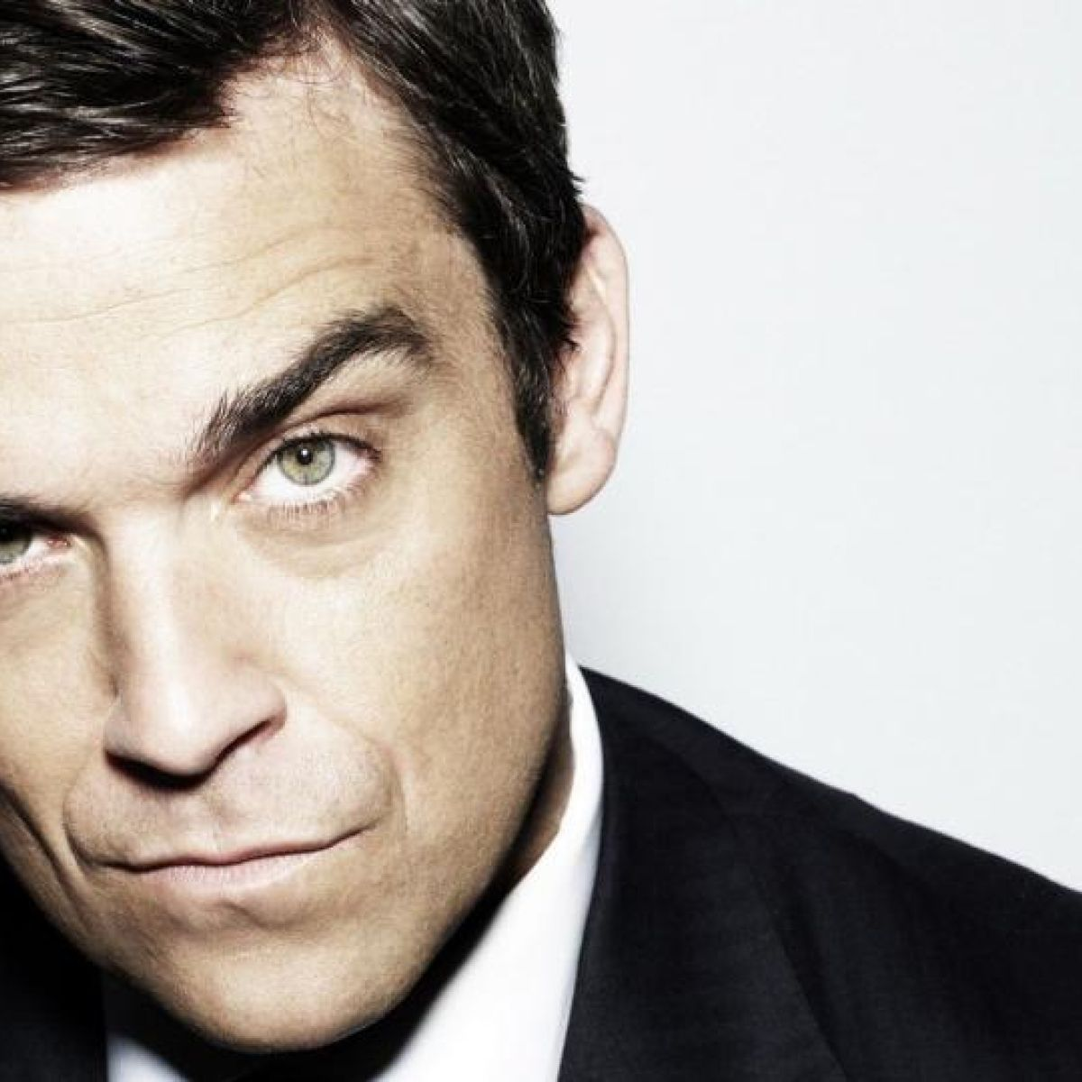 Fallen angel - What went wrong with Robbie Williams?